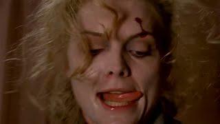 Michelle Pfeiffer \ Selina Kyle transforms into Catwoman \ Batman Returns (1992)