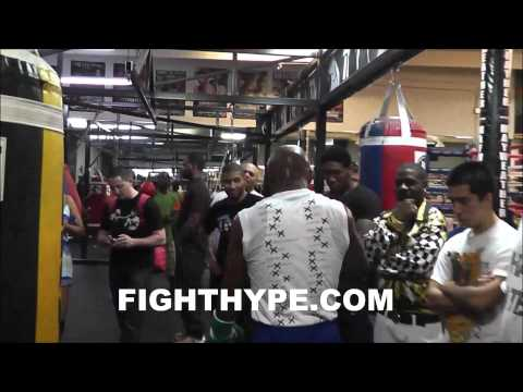 FLOYD MAYWEATHER EXCLUSIVE TRAINING FOOTAGE JUST DAYS INTO CAMP FOR MARCOS MAIDANA CLASH