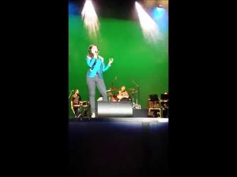 Shreya Ghoshal- Yeh Zindagi Usi Ki Hain( Anarkali) live in Holland...