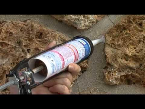 un mastic l 39 aspect mortier pour r aliser des joints sur murs de briques ou de pierres youtube. Black Bedroom Furniture Sets. Home Design Ideas