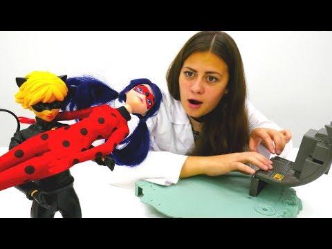 Куклы Леди Баг и Супер Кот соревнуются в ловкости