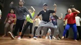 download lagu Suit Suit Karda Dance Choreo gratis