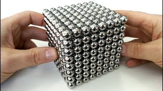 Playing with 512 big magnet balls