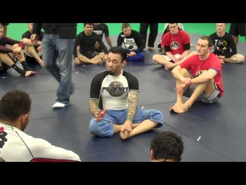 EDDIE BRAVO Breaking down the 'RUBBER GUARD' - Newcastle Seminar
