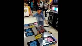 Dance Ala Aa dzakwan 😊😄(1)