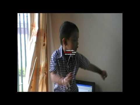 YUVRAJ BHAMBRA DANCING ( AAYA MAIN GADDI MOR KE )