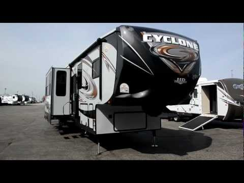2013 Heartland RV CYCLONE TOY HAULER 3800