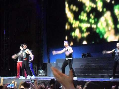 Backstreet Boys | Larger than Life | IAWLT Tour Lucca Summer...