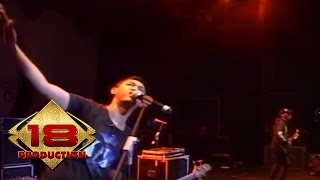 Bondan Fade 2 Black - Expresikan (Live Konser Jateng  26 Februari 2011)
