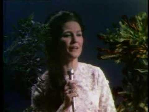 Loretta Lynn - I Believe