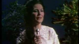 Watch Loretta Lynn I Believe video