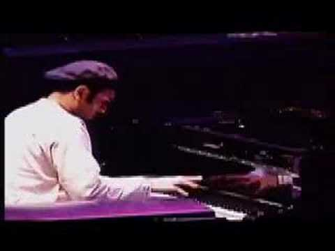 Lokkhi Terra in concert Video