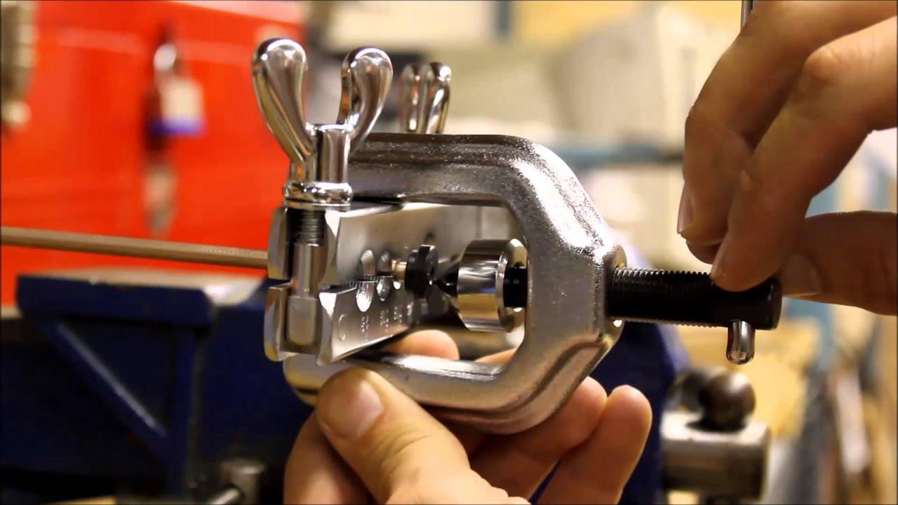 How to make a bubble brake line flare fmsi youtube