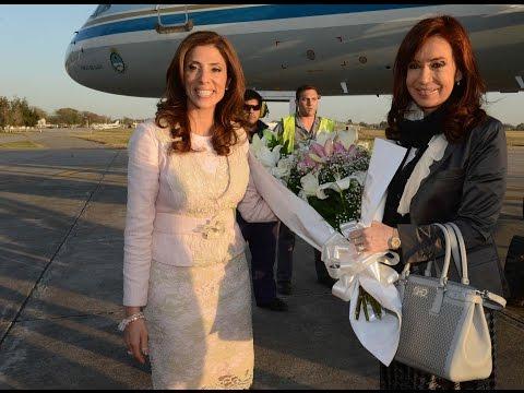 26 de AGO. La Presidenta inauguró edificios de Ministerios de Economía y Educación en S.del Estero.