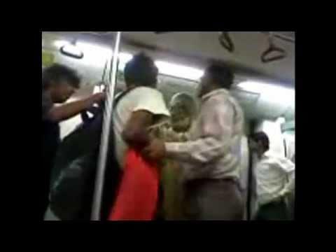 Metro fight India - Delhi Metro