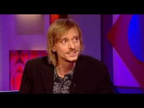 Mackenzie Crook On Friday Night with Jonathan Ross 2/2