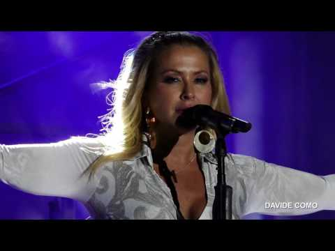 Anastacia - Resurrection (A4APP - The Live Album)