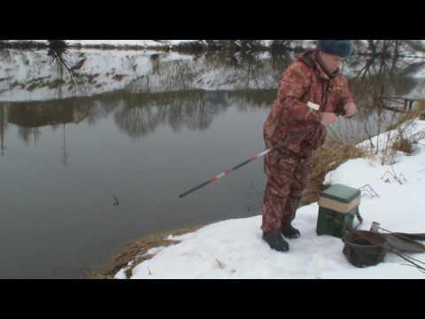 ловля уклейки на москве реке видео