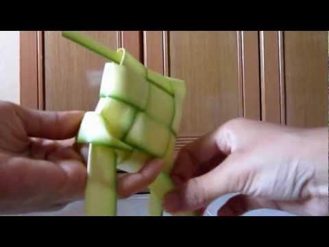 Step by step menganyam ketupat satay
