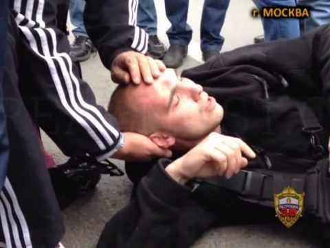 задержание дикого дага Магомеда Расулова, напавшего на полицейского