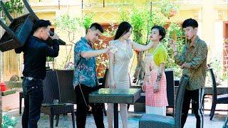 Đàn Em Đâm Lén Chị Đại - Ăn Cháo Đá Bát - CAC TV