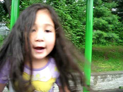 Xiao Tuzi Guai Guai (good Little Bunny) video