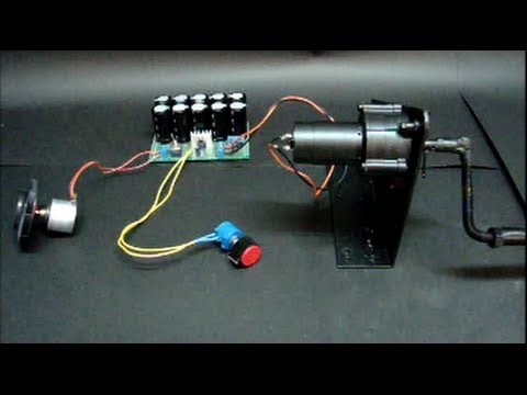 Homemade Generator Dynamo Charge Supercapacitor Using a DC Hand Crank