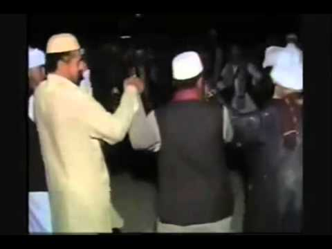 Molvi Yusuf Barelvi Dancing On Song Naach Meri Bulbul k Paisa...