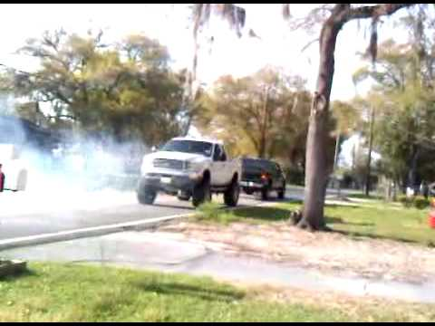 Ford F250 vs Chevy 2500