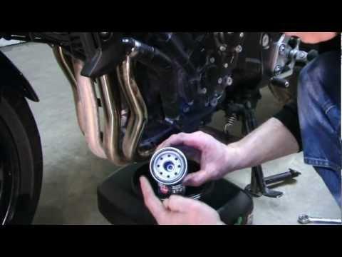 Yamaha FZ1 Oil Change