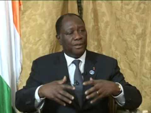 Sommet Golfe Guinee: President Ouattara face a la presse camerounaise et internationale (CRTV/ITW)