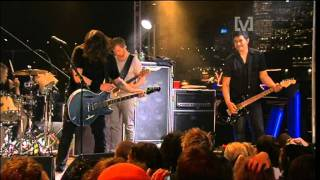 Watch Foo Fighters Young Man Blues video