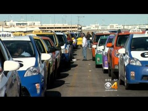 Uber, Lyft Gain Ground In Battle For Riders
