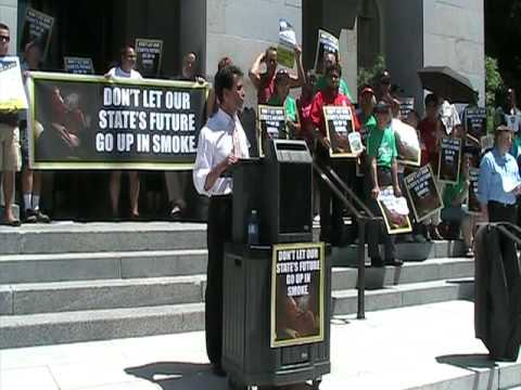Budget Rally Protesting Governor Schwarzenegger - CA State Senator Mark Leno
