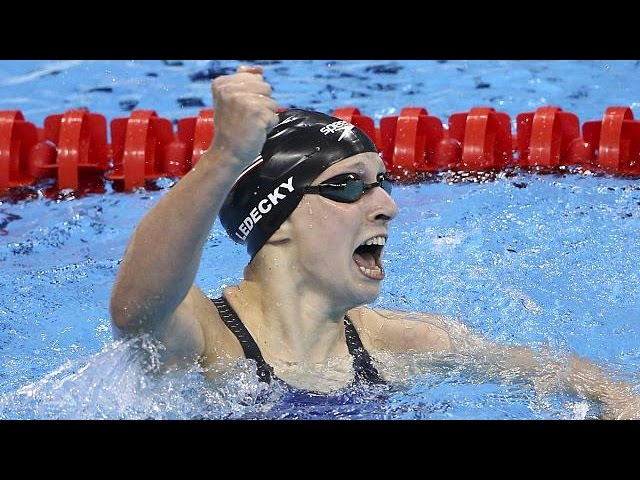 Katie Ledecky wins Gold in 400 freestyle, smashing own record