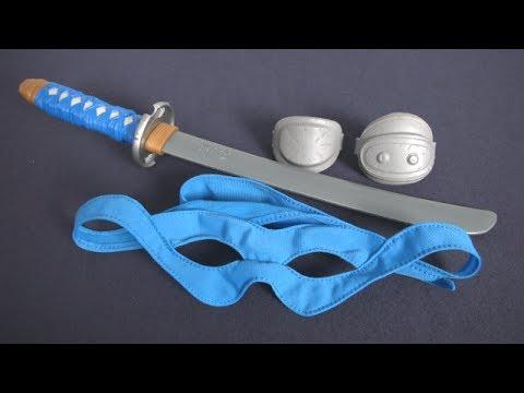 Teenage Mutant Ninja Turtles Leonardo Ninja Combat Gear from Playmates Toys