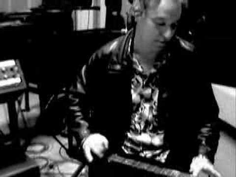 Peter Buck (REM) in the Studio
