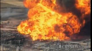 Huge Fire at Texas Petroleum Plant