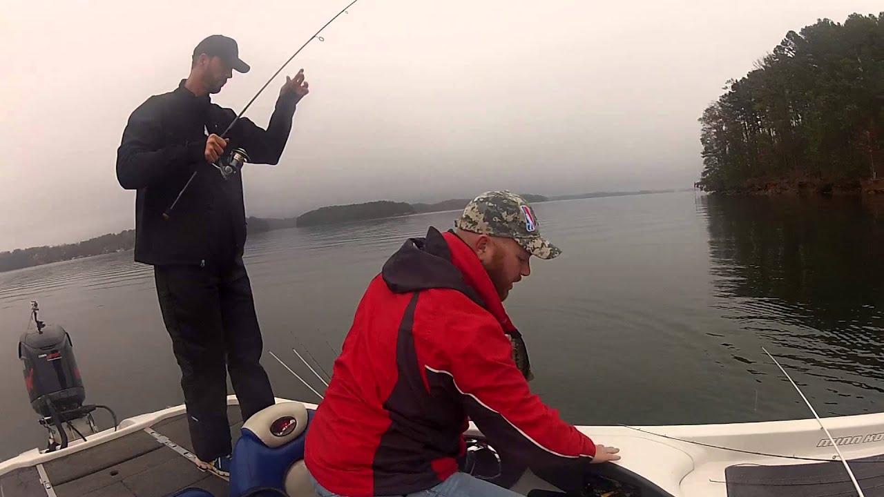 Fishing ga on lake lanier with flw angler jason johnson for Georgia out of state fishing license