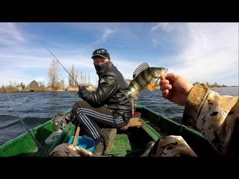 сезон рыбачить на лодке