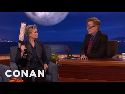 "Jane Lynch Plays ""Popped Quiz"" With Conan & Andy Richter  - CONAN on TBS"