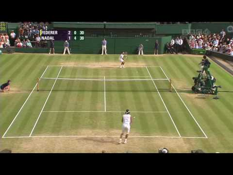 Roger Federer Doing What He Does Best Agian