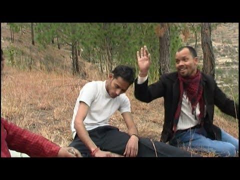 Download Garhwali Mp3 Teri Chunri Udi Furr Batoma video