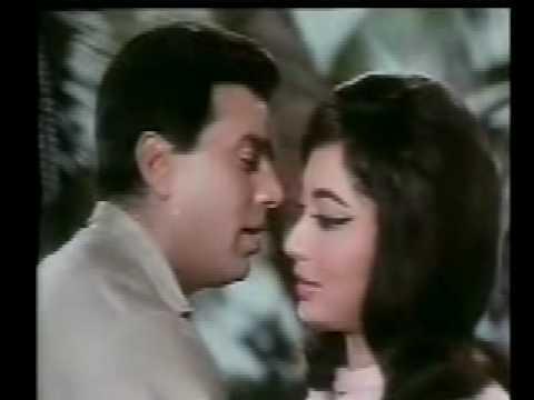 Old Indina Song  Yeh Dil Diwana Hai Ishq Par Zor Nahin video