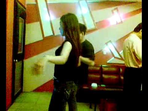 Nhảy Slow theo kiểu Sài gòn :-) Slow Tango NGOC TIEN - YEN LINH.