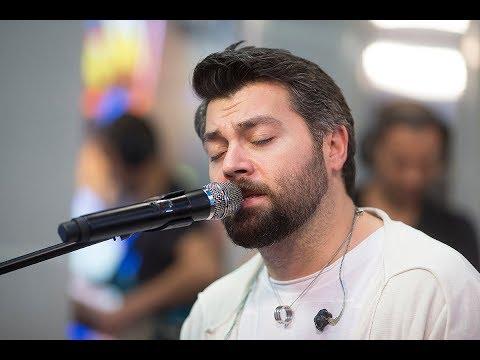 Алексей Чумаков  – Тут И Там (#LIVE Авторадио)