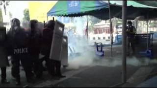 Raw: Deadly Clashes in Bangkok 2/18/14 (Riots)
