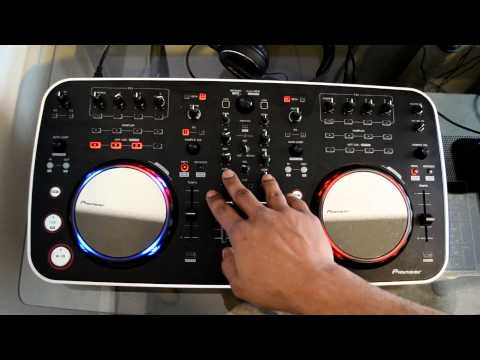 Pioneer DDJ-ERGO USB Digital DJ Controller Review Video