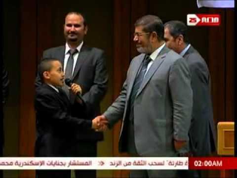 Le président égyptien Dr Mohamed Morsi promesse de jeune génie Yassin Yassin Al-samalosy