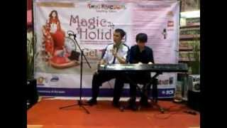 VID MCB Miki Prune Tampil di Toys Kingdom Kelapa Gading Magic Holiday-20120623-15